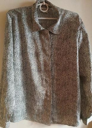 Блузка с оптической иллюзией, стройнит 14-16 размер