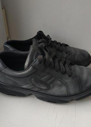 Кожаные туфли ecco 37р. (24 см.)