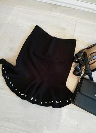 Теплая плотная зимняя черная юбка классика с жемчужными бусинами размер s