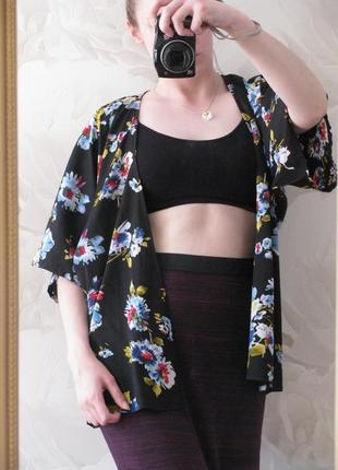 Женское кимоно /накидка тренд сезона