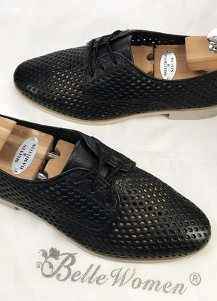 Туфли закрытые женские чёрные натуральная кожа с дырочками осень весна на шнурках оксфорды