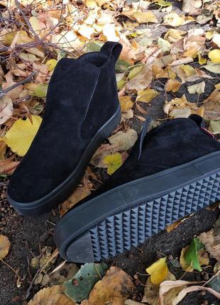 Замшевые демисезонные ботинки высокие слипоны1 фото
