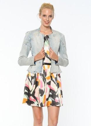 Фирменный джинсовый пиджак gizia размер 42 l-xl