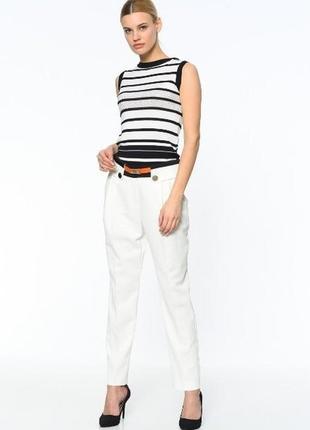 Фирменные женские белые брюки 4g by gizia размер 42 l-xl с оранжевым поясом