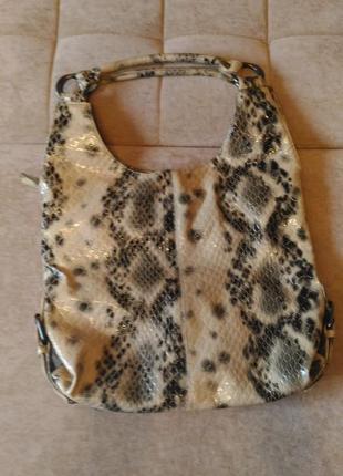 Стильная сумка r.pellini под рептилию , лаковая, плотная  эко-кожа3 фото