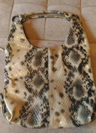 Стильная сумка r.pellini под рептилию , лаковая, плотная  эко-кожа4 фото
