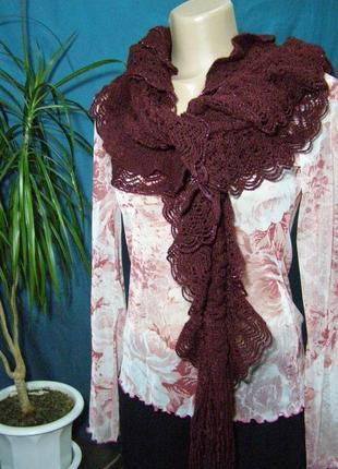 Ажурный шарф с блестящей нитью