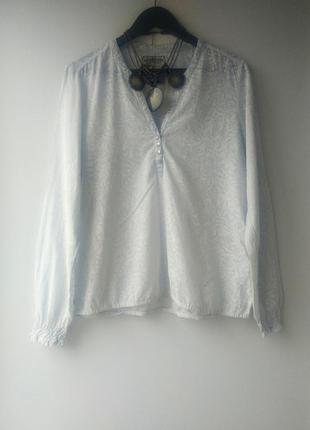 Красивая блузка из хлопка