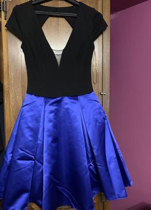 Красивая платье коктейльная