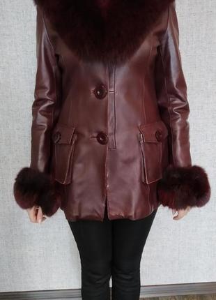 Кожаная куртка, мех песец.