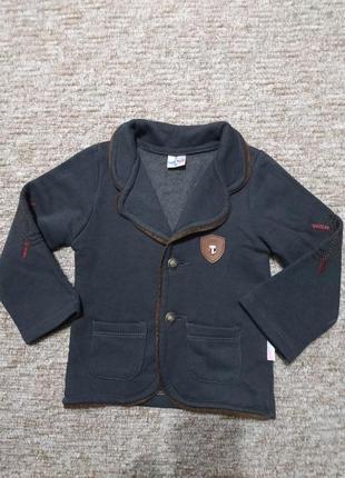 Стильный пиджачек, жакетик для мальчика