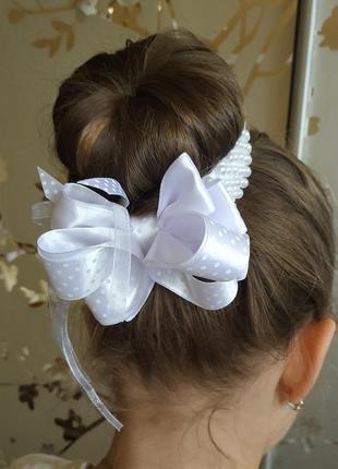 Украшение для волос из атласной ленты