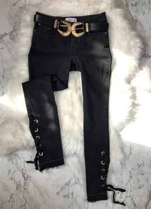 Чорні джинси mango зі шнурівкой
