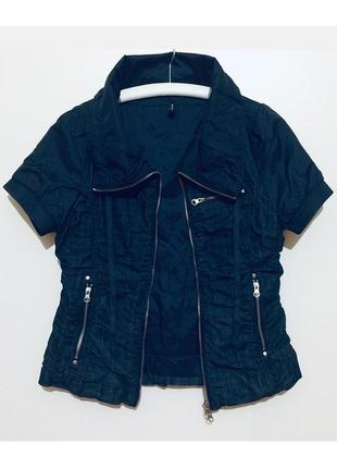 Короткая джинсовая куртка курточка с коротким рукавом утепленная