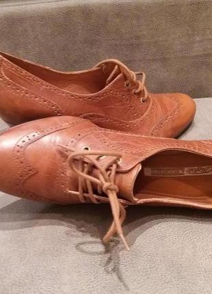 Рыжие туфли -бренд-buffalo--39р кожа №00