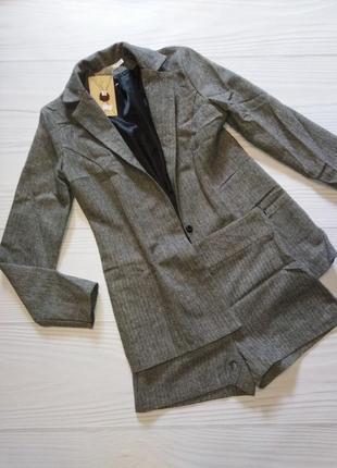 Твидовый костюм с шортами