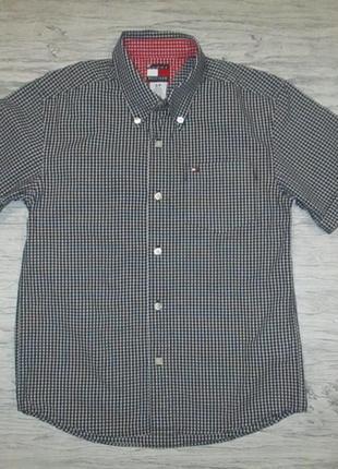 Хорошенькая котоновая рубашечка в клетку фирмы tommy hilfiger на 9 лет