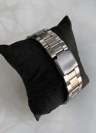 Мужские металлические наручные часы womage серебристые с тёмным3 фото