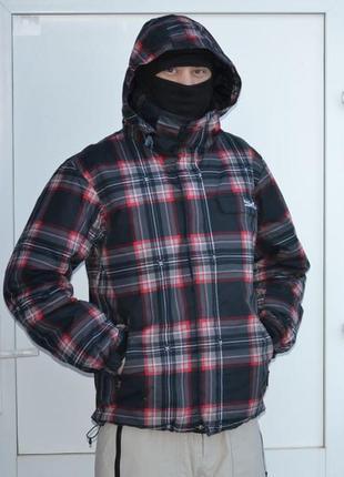 Мужская горнолыжная (cноубордическая) куртка quiksilver (размер s)