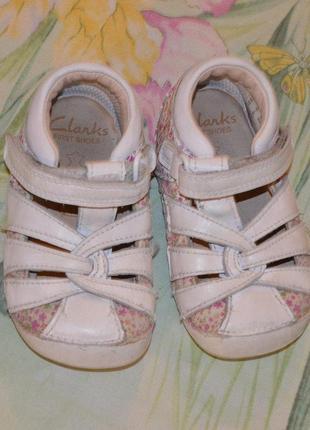 Кожаные туфельки туфли