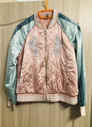 Модная курточка ро
