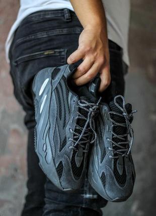 Шикарные женские кроссовки adidas yeezy boost 700 black
