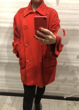 Утепленное осенне пальто