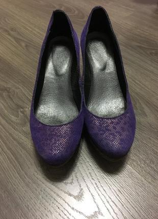 Туфли на декоративной подошве