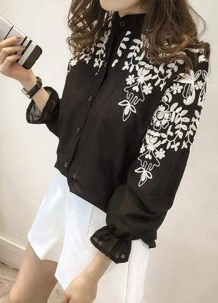 Шикарная блуза с вышивкой