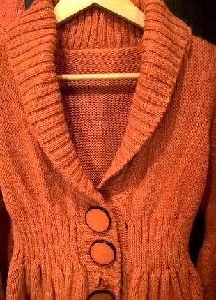 Пальто или кардиган вязаный