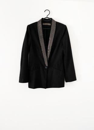 Стильный базовый пиджак zara, чёрный пиджак с железной фурнитурой на воротнике, жакет