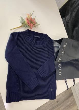 Trussardi новый свитер. оригинальный пакет