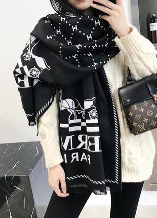 Стильный кашемировый шарф палантин