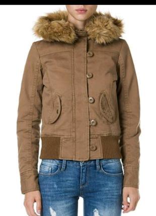 Теплая осенняя куртка ostin