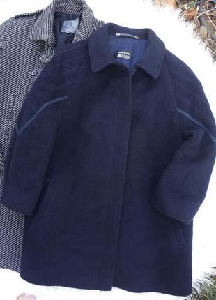 Прекрасное тёплое пальтишко 90%шерсть ламы  раз.xl-xxl