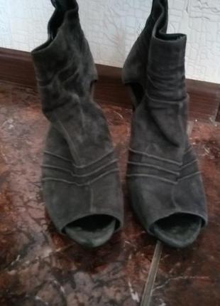 Ботинки, ботильоны, туфли