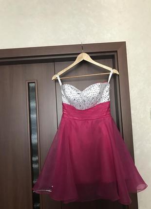 Платье в стиле sherri hill