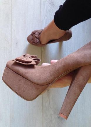 Крпсивые качественные туфли на высоком каблуке