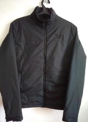 Стильна чорна курточка salewa