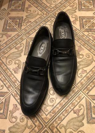 Черные кожаные туфли лоферы tod's, оригинал размер 8.5/43