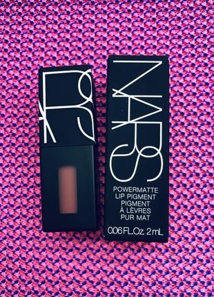 Nars пигмент помада для губ powermatte lip pigment в легендарном оттенке american woman