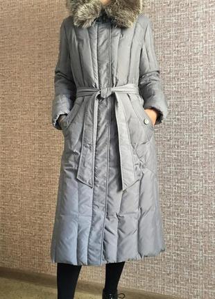 Теплое длинное пальто пуховик под пояс зима