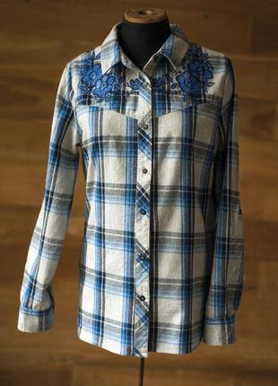 Красивенная теплая рубашка в клетку с вышивкой primark, размер l