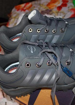 Кожанные кроссовки bona