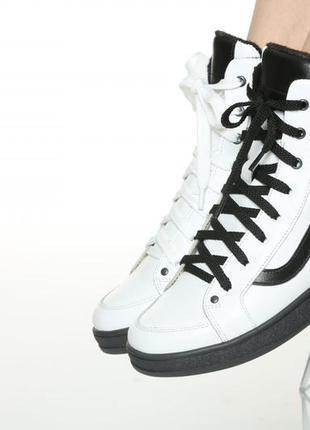 Яркие белые кожаные ботинки хайтопы, ботинки кожа натуральная