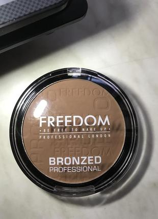Бронзер freedom makeup london bronzed professional pro