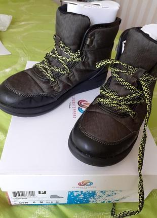 Теплые,удобные ботинки