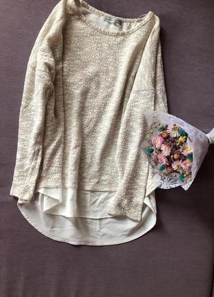 Трендовый свитер с имитацией блузы под низом atmosphere