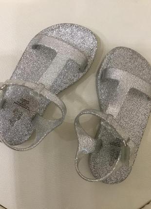 Ароматизированные сандали gap 9 p