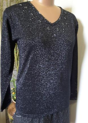 Нарядный пуловер